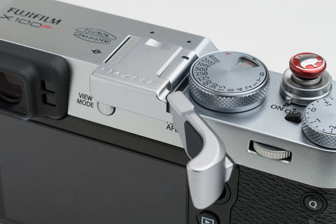 Fujifilm X100F Thumbrest Silver by Lensmate