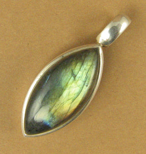Labradorite pendant. Blue green with bright fire. Oval. Sterling silver 925.