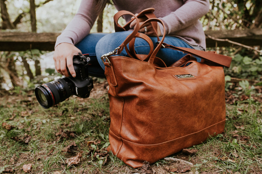 The Roam and Rise Carryall- Warm Honey