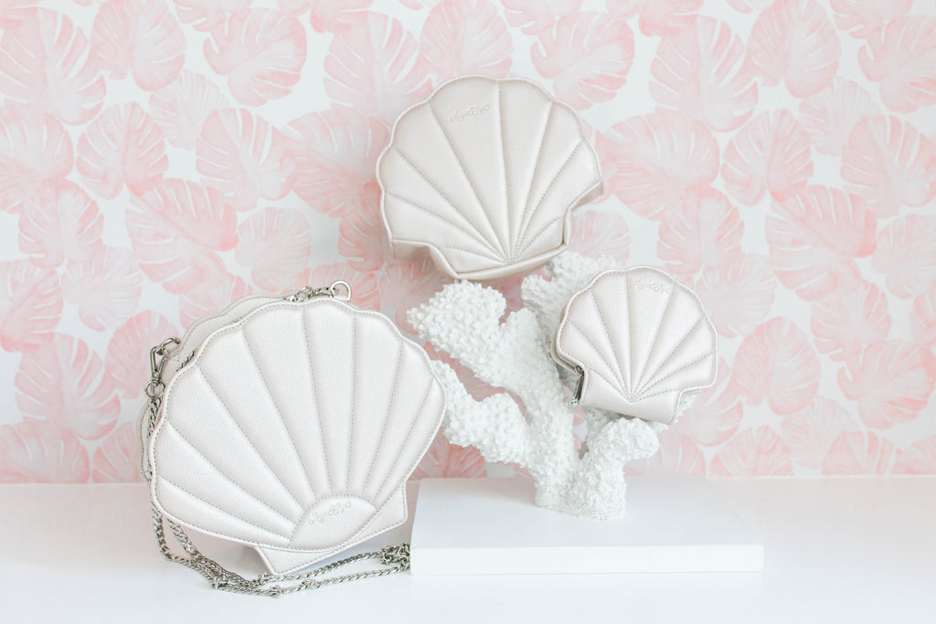 Pearl Shell Cosmetic Bag