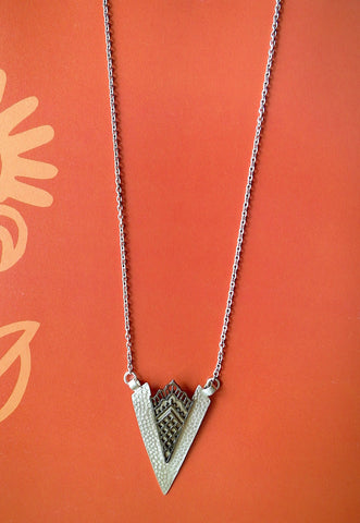 Artistic arrowhead shape long chain necklace with black rhodium plated mehndi inspired detailing (PBS-4544-N)