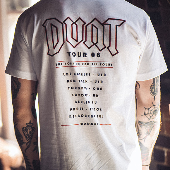 OUTFIT OF THE WEEK // TOUR TEE