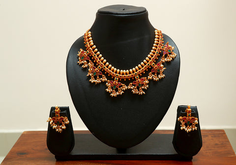Traditional Temple Jewellery Set Design 16