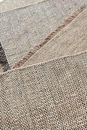 rohns hemp rug in gold and natural color
