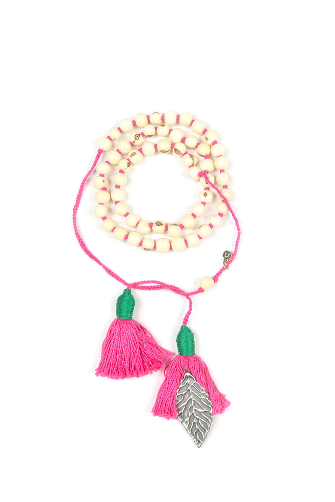 Mamapacha white with hot pink tassel