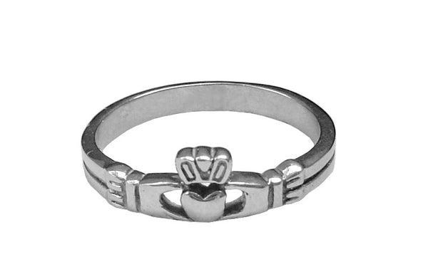 Medieval Metal - Claddagh Ring - Stainless Steel Front View (R-CH-S)