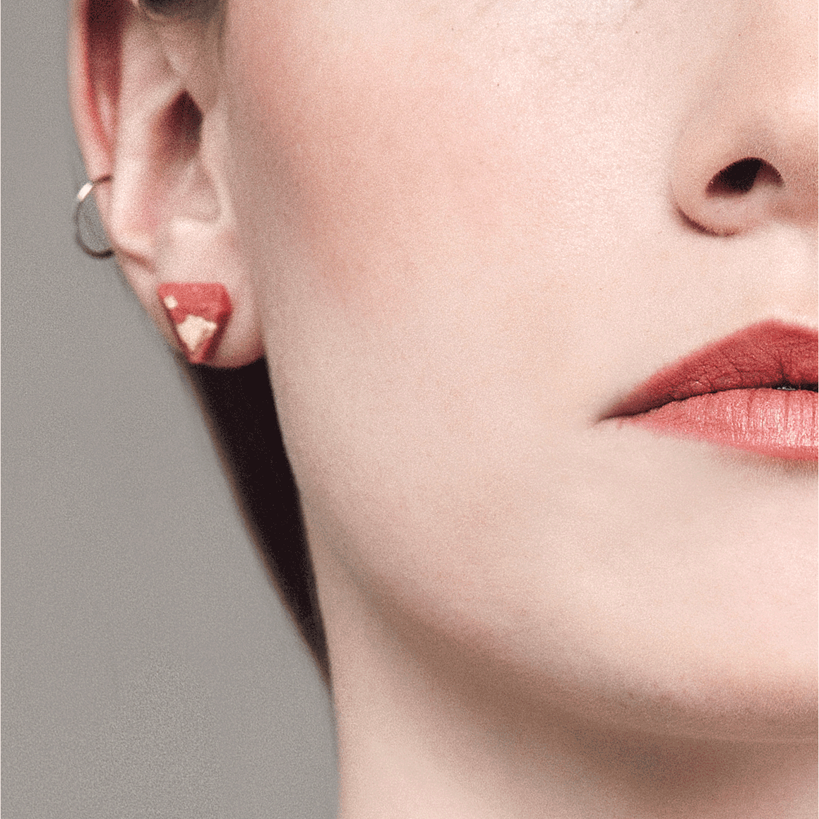 Coral Diamant Stud Earrings - Handmade in Eco-friendly Resin & Gold Leaf - Sold by Chic & Basta