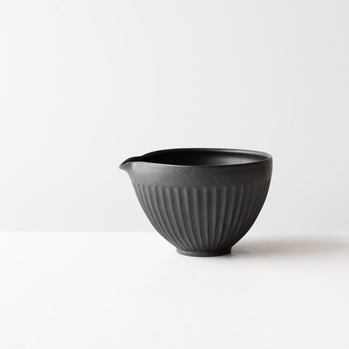Black Colour - Large Handmade Ceramic Mixing / Batter Bowl - Groove Pattern