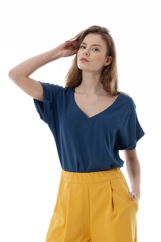 Blouse in color of Adriatic sea