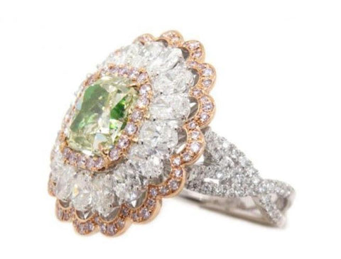 Radiant, 3.28 Carat, Fancy Yellow Green, SI2. Natural Color Diamond Ring