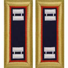 Army Shoulder Strap: Captain Adjutant General