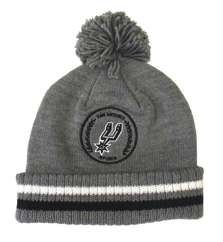 San Antonio Spurs Beanie Mitchell & Ness Soft Acrylic Knit Pom Gray