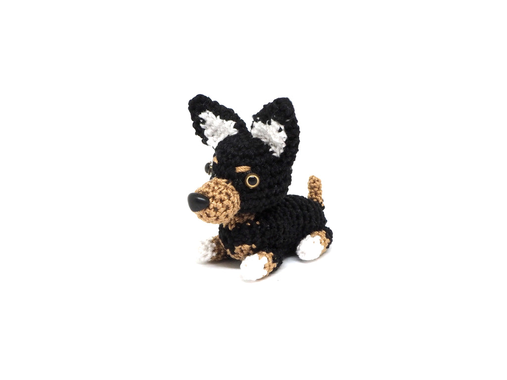 Crochet Chihuahua Keychain *made upon order*
