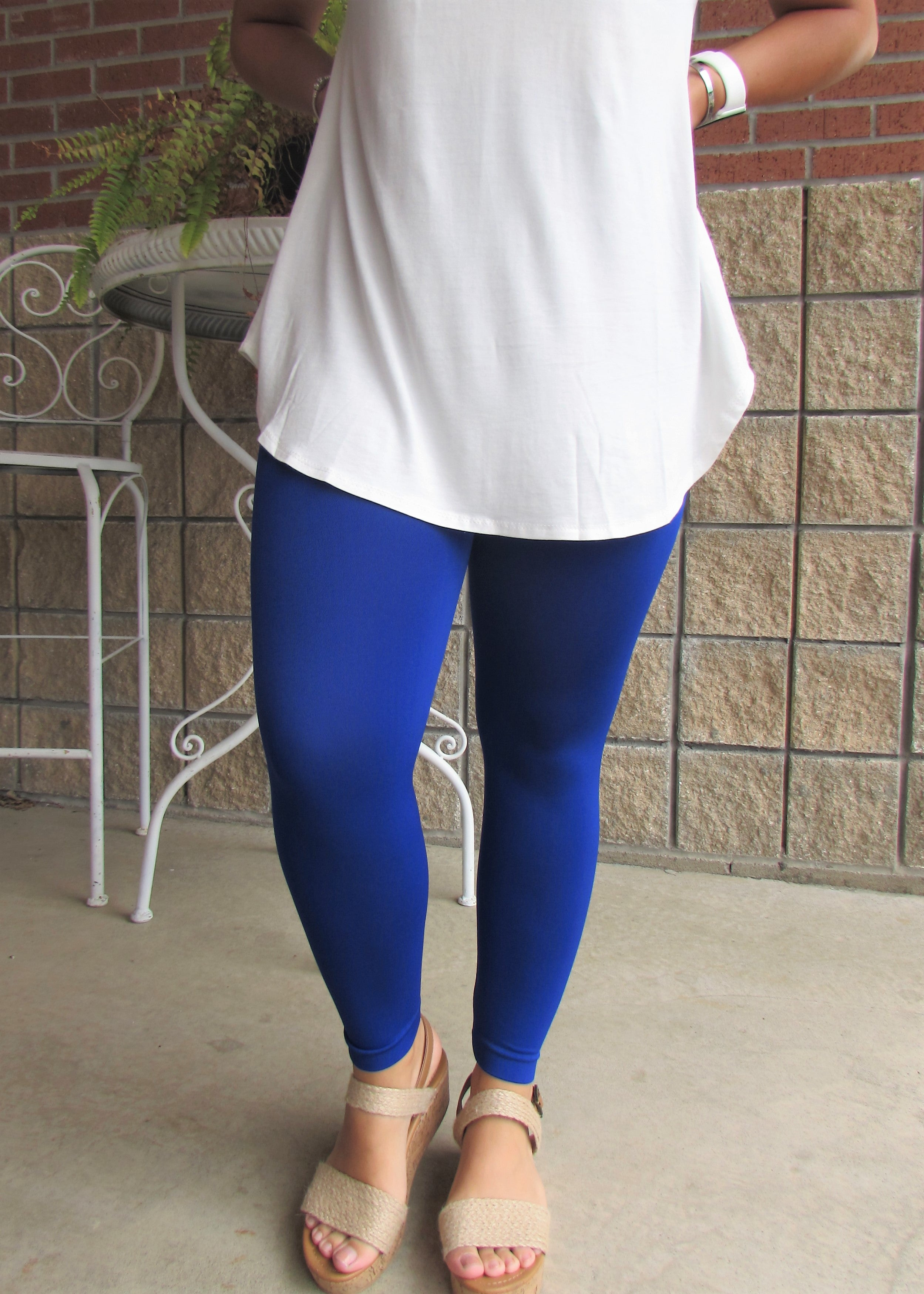 Leggings- Solid Blue Capri Leggings