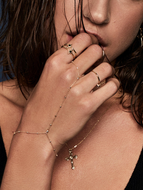 goldfilled handchain the faint hearted jewelry