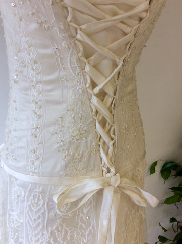 Beautiful Ivory Embroidered & Beaded Lace Wedding Dress With Train Size UK 6/8 - Whispers Dress Agency - Womens Dresses - 4