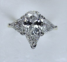 4.55ct Pear Shape Diamond Engagement Ring GIA certified 18kt white Gold JEWELFORME BLUE