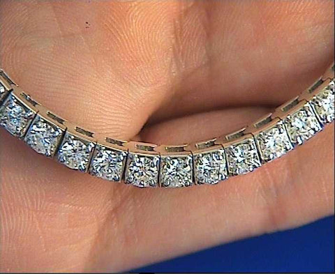 27.00ct Diamond Pendant Opera Necklace 18kt White Gold JEWELFORME BLUE