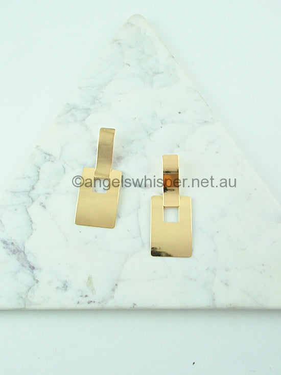 Minimalist Rectangle Earrings - STYLE STRUCK
