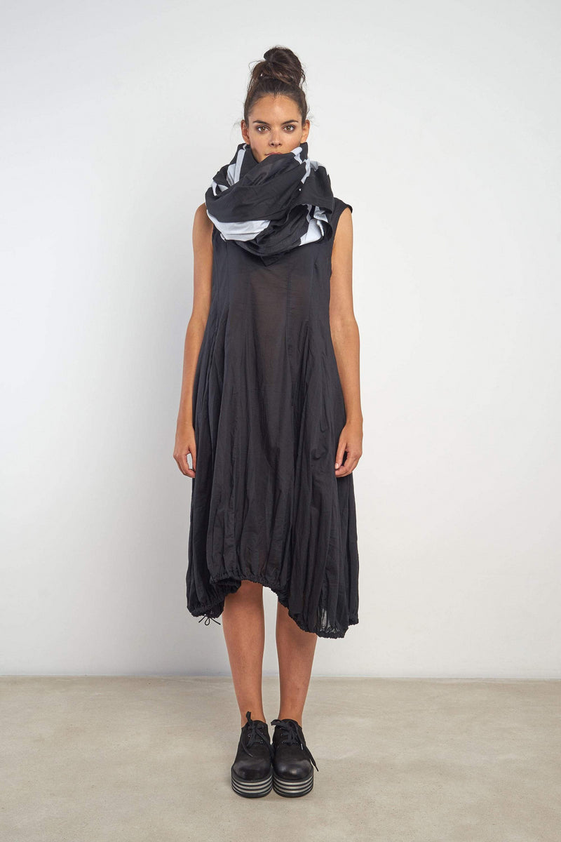Tama Cowl Top Black