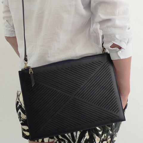 Cut out cross body bag  - Black