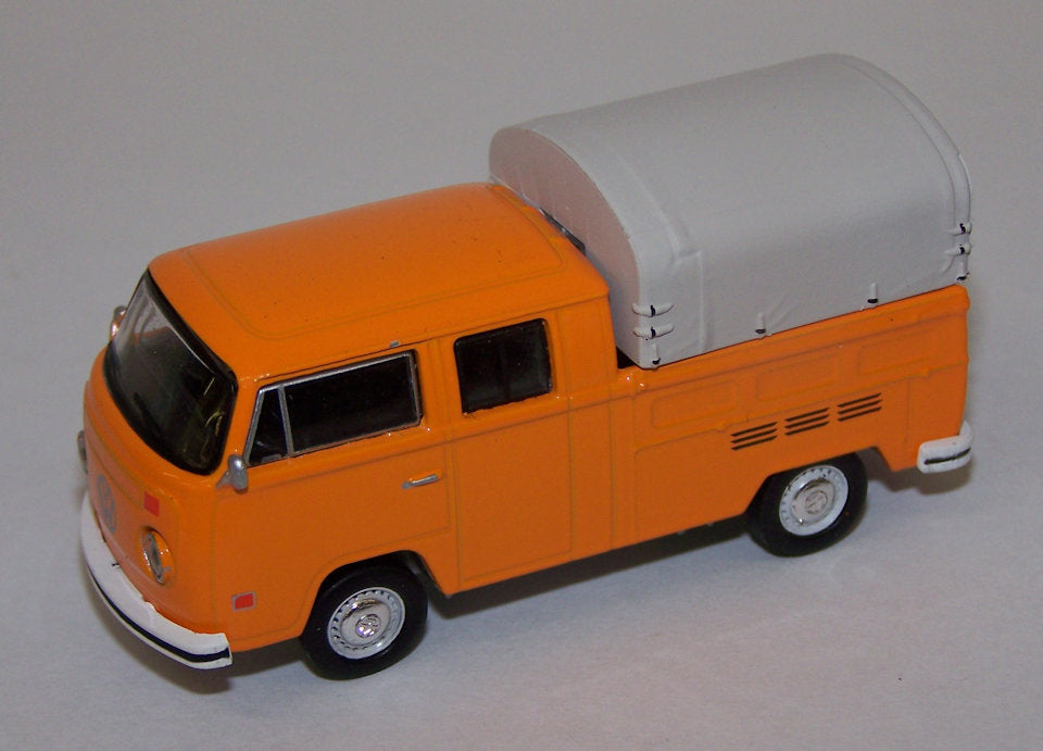 #10846 1/64 Volkswagen Type 2 Double Cab Pickup with Hitch