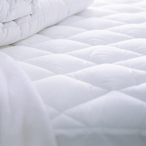 Love for White Luxury Mattress Protector - Water resilient