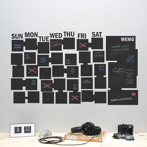 DRY ERASE / CHALKBOARD CALENDAR WITH MEMO