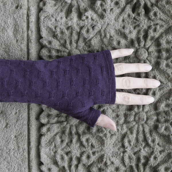 2018 kate watts Purple crosses knit merino fingerless gloves on hand