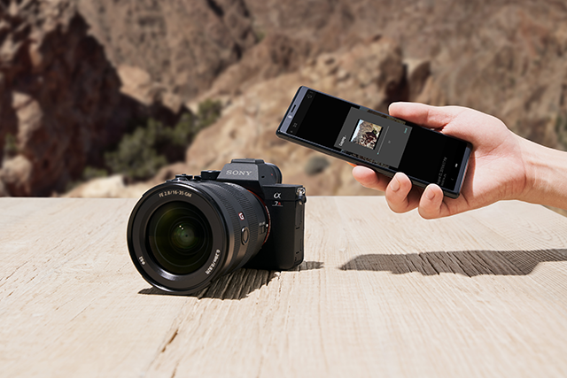 The Sony A7RIV wirelessly connected to a smartphone
