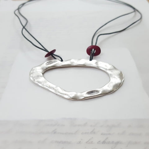 Abstract Circle With Red Beads (9)