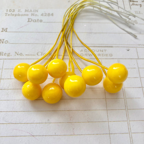 Bright Yellow Berries (x10)