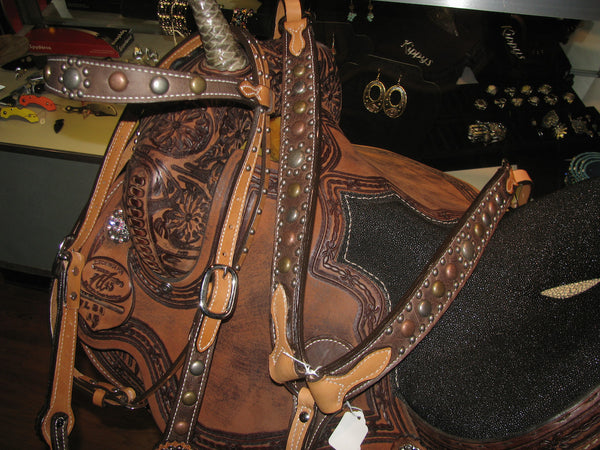 Alamo Saddlery Chocolate Glove Leather Tack Set with Antique Spots