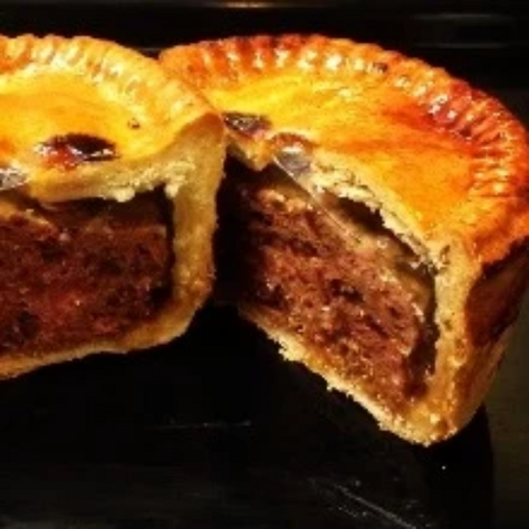 Pork & Caramelised Onion Pie