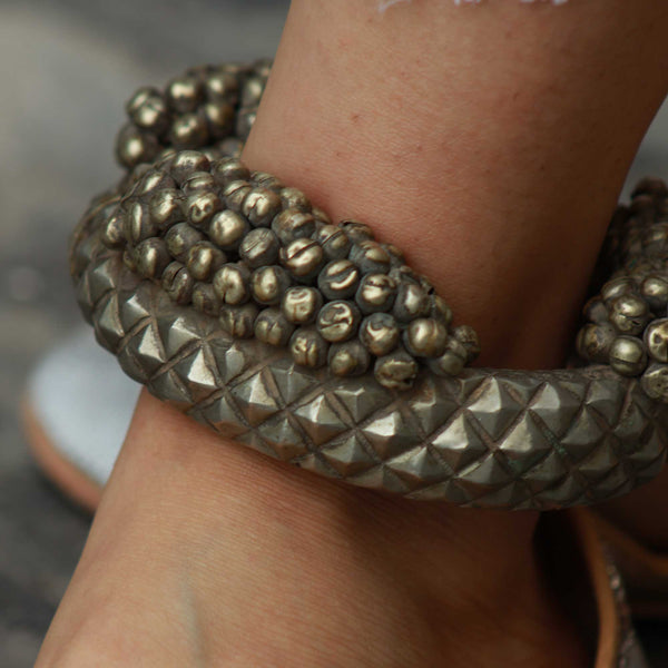 Jaipur's Ancient Antique Anklet - Naadz Jewelers