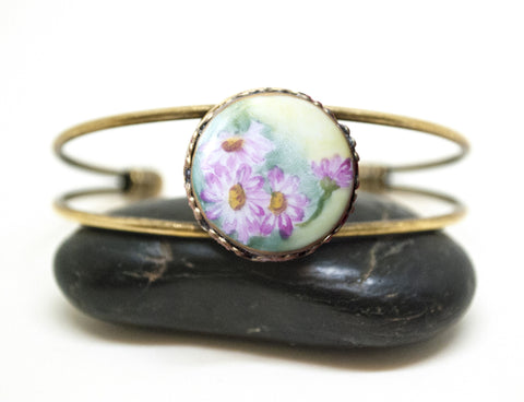 Antique Porcelain Four Daisy Button Cuff