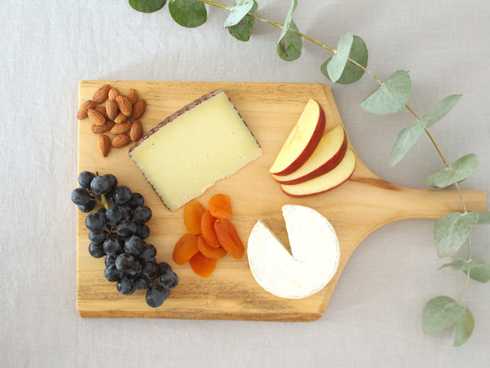 London Plane Wood Serving Board with Handle