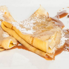 Crepes with Dulce de Leche Recipe - www.ElColmado.com
