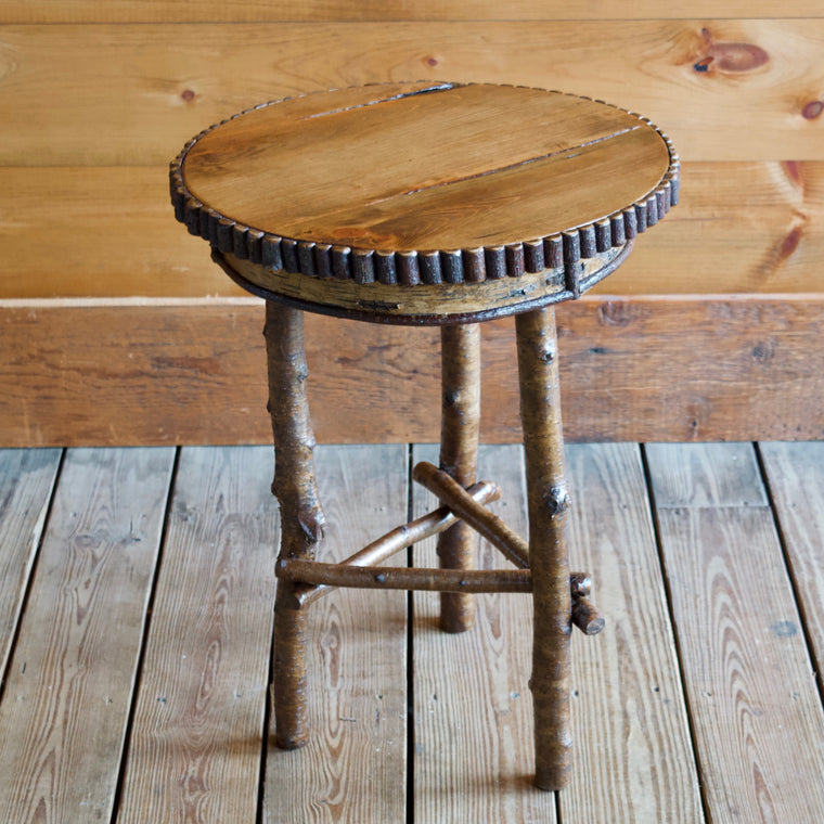 Rustic Round Side Table Featuring Premium White Birch, Yellow Birch Legs, Willow Details and A Finished Oak Tabletop