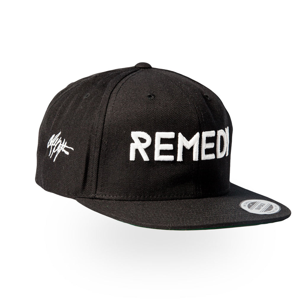 REMEDY Snapback - Black/White