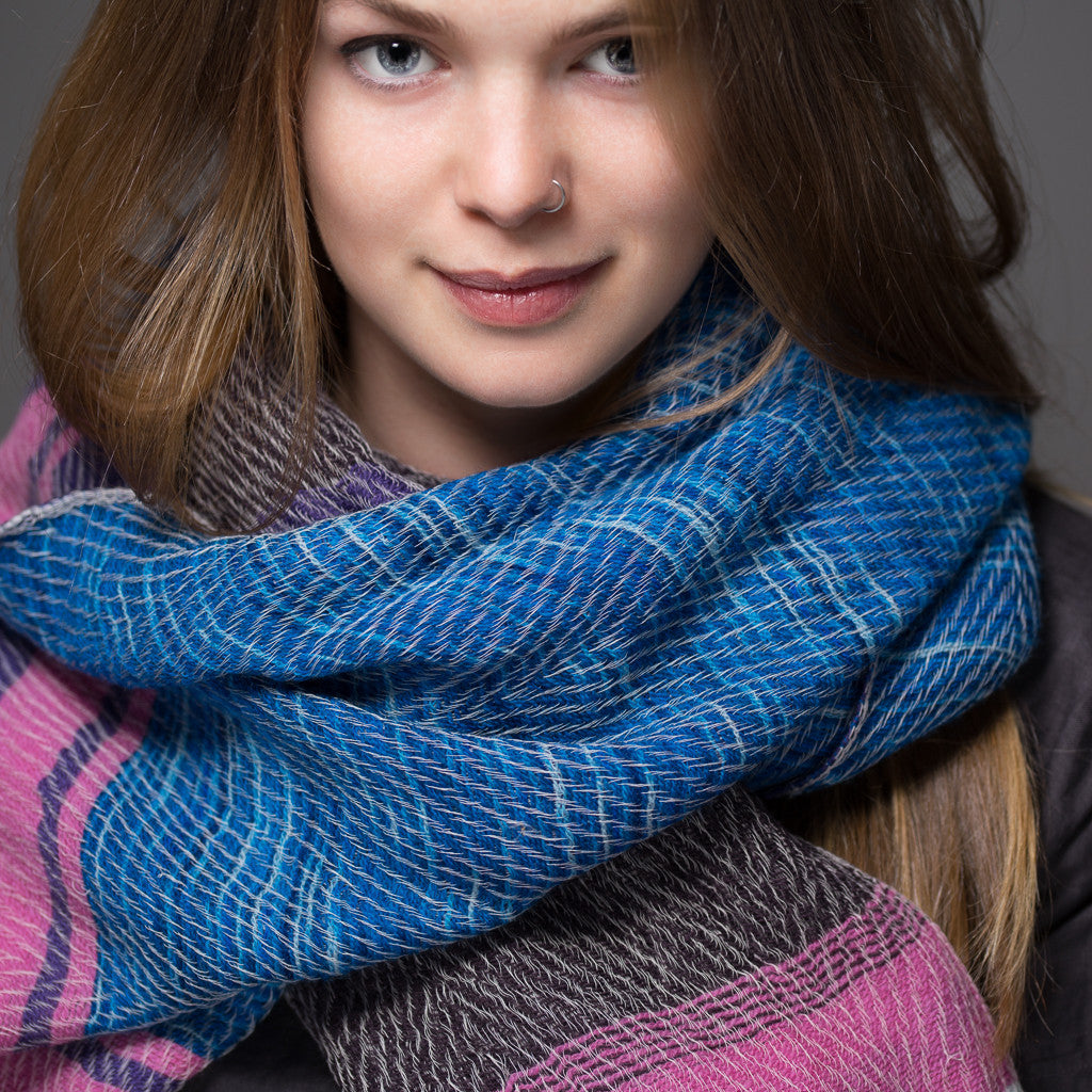 "Scarf ""Roots Shawl"" in wool & cotton - blue & pink"