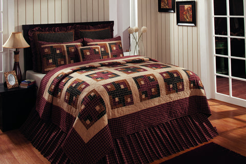 Cambridge Log Cabin Queen Quilt