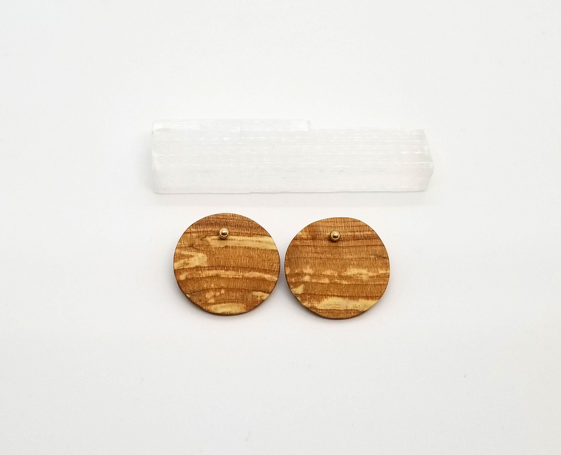 Spalted Maple Circle with Gold Studs