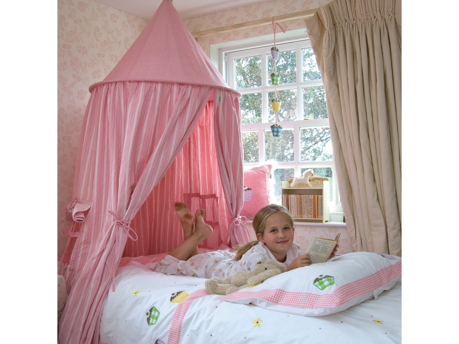 Win Green Handmade Cotton Hanging Tent - Playhouse of Dreams  - 11