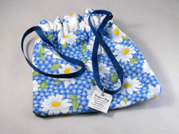 Blue/White Daisies Hand Sewn Self-locking Project Bag (8