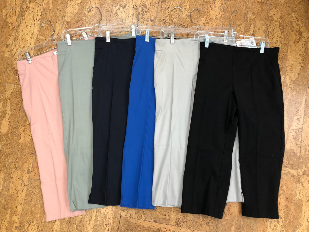 Essential Basic Capri Pant