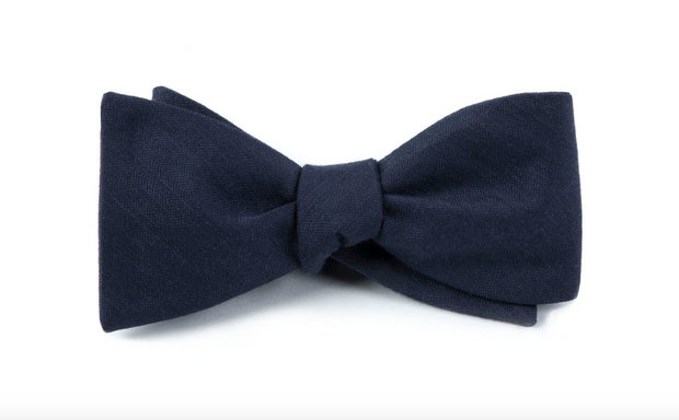 Astute Solid Navy Bow Tie