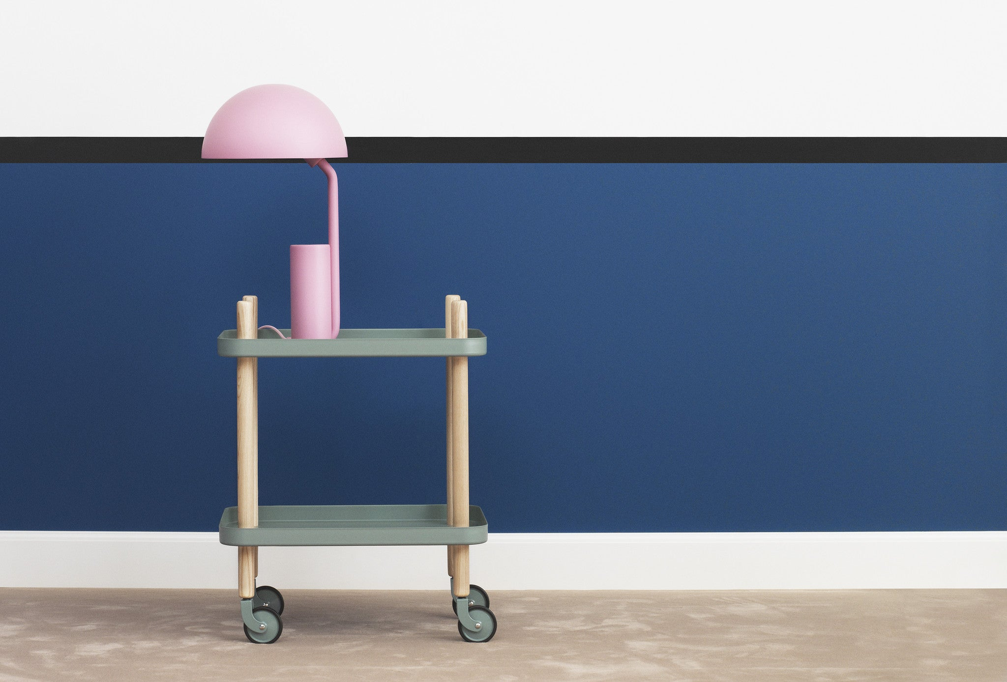 Block Table, Dark Blue fra Normann Copenhagen
