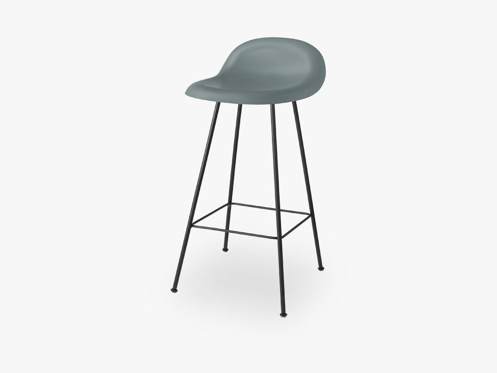3D Counter Stool - Un-upholstered - 65 cm Center Black base, Rainy Grey shell fra GUBI