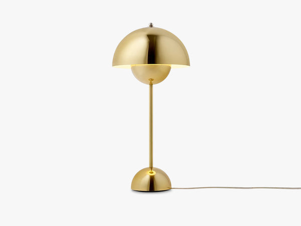 Flowerpot Table Lamp - VP3, Polished Brass fra &tradition